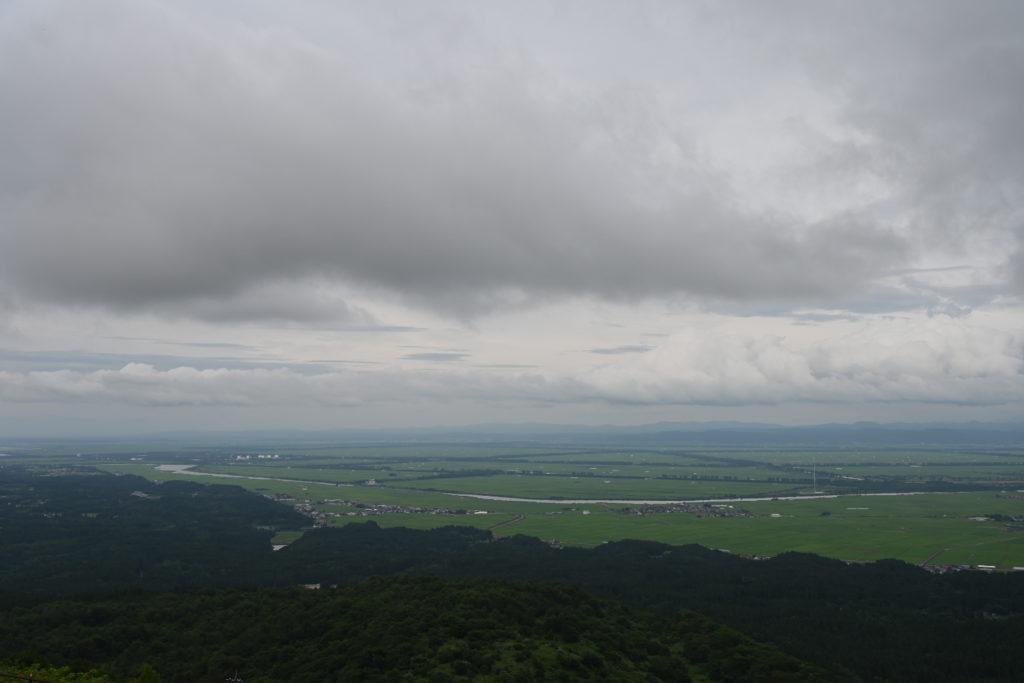 寒風山から見下ろす八郎潟