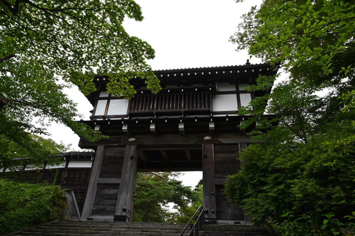 久保田城・本丸表門